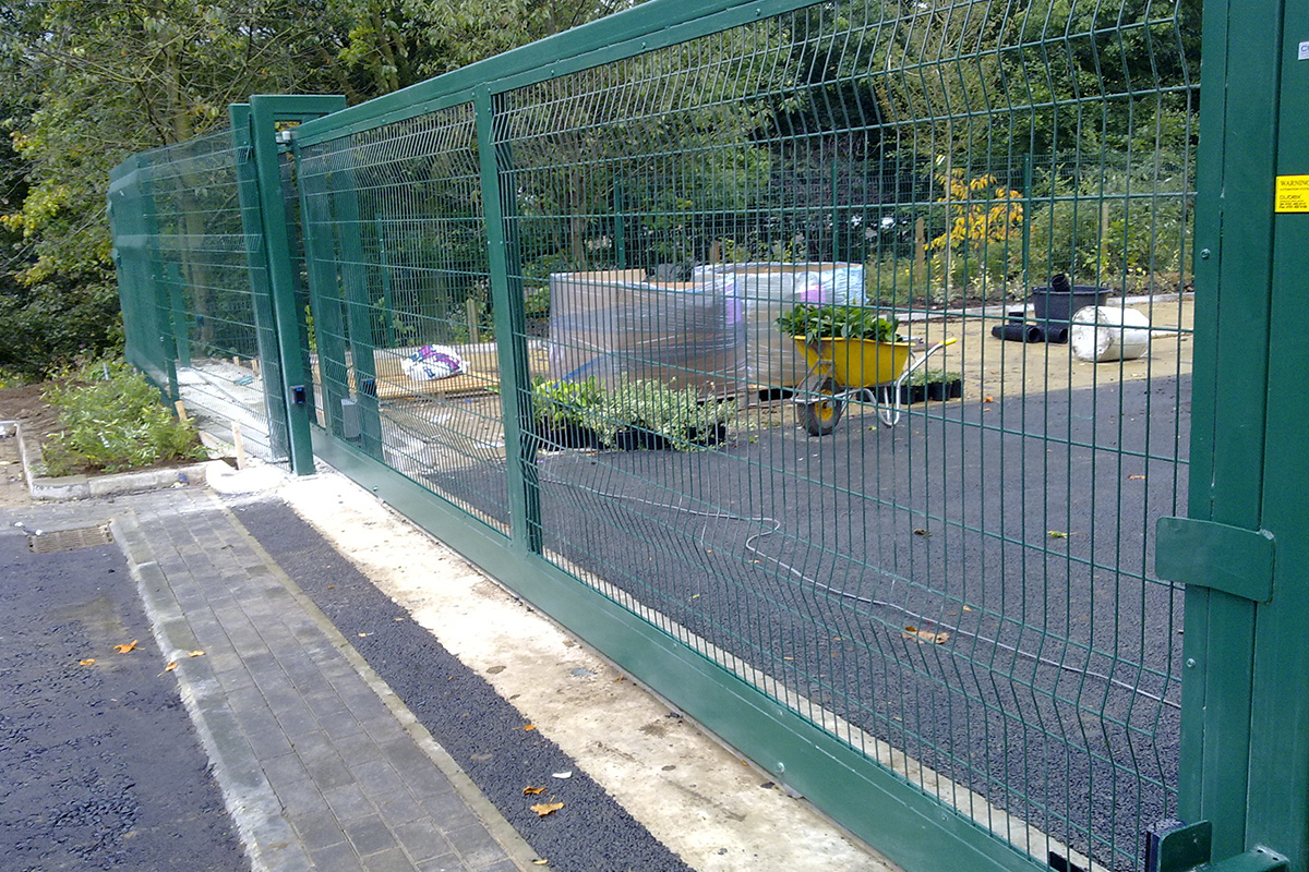 Home C Amp R Fence